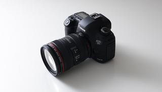 キヤノン、「EOS 5D Mark III」1.jpg